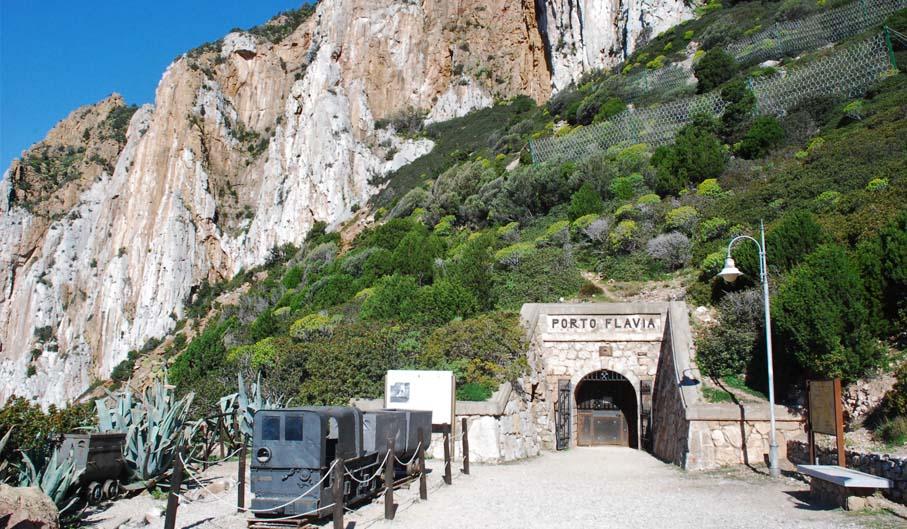 Le 4 imperdibili escursioni da fare in Sardegna